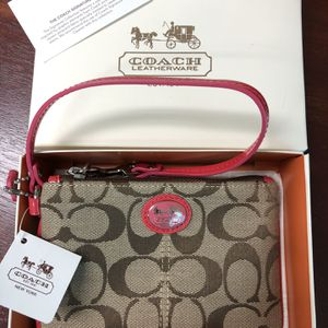 Coach Wristlet NEW for Sale in West Columbia, SC