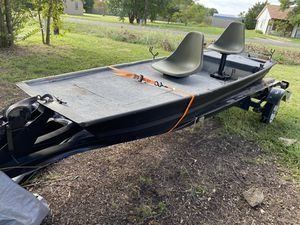 John Boat W/ Trailer - Custom deck and compartments for Sale in Red Oak, TX