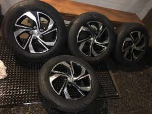 Honda Accord stock rims & tires 15k on tires rims no scratches2017 for Sale in Fairview, OR