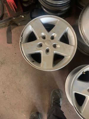 Jeep wheels 17 inch for Sale in Colton, CA