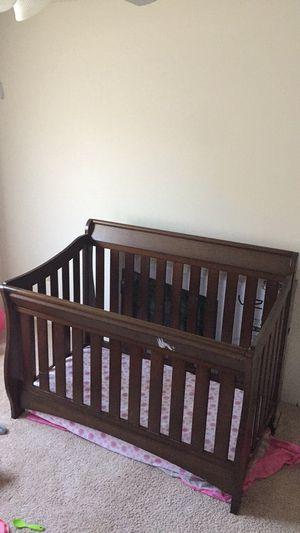 Baby Crib w/ mattress for Sale in Greensboro, NC