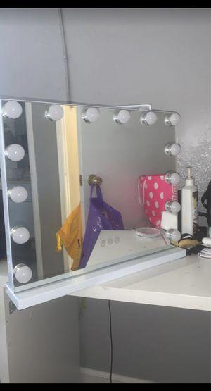 Vanity makeup mirror for Sale in Santa Ana, CA