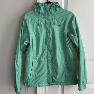 Ladies Columbia Rain Jacket for Sale in Atlanta, GA
