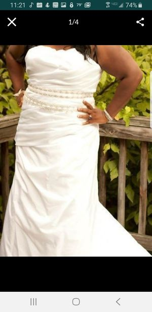 Plus Size Wedding Gown for Sale in Winter Haven, FL