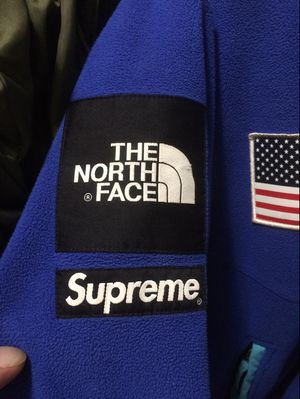 Supreme x The north face for Sale in Derwood, MD