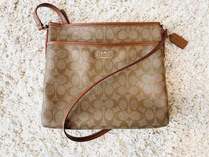Coach crossbody purse for Sale in Washington, DC