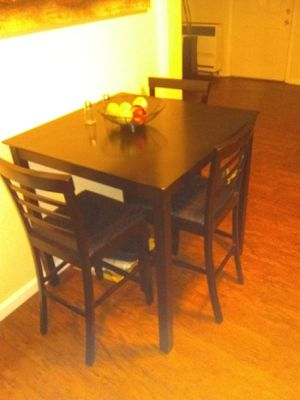 Counter height kitchen table with four chairs for Sale in San Diego, CA