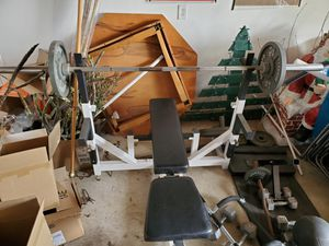 Bench Press Set with 255lbs in CAP Weights for Sale in Brea, CA