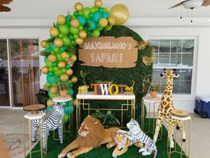 Safari birthday party decorations for Sale in Tampa, FL
