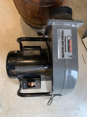 Central Machinery 13 gal industrial portable dust collector for Sale in Seattle, WA
