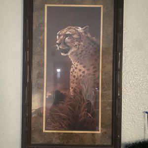 Tiger, Lion, Matching Mirror, And Plants Decor for Sale in Tucson, AZ