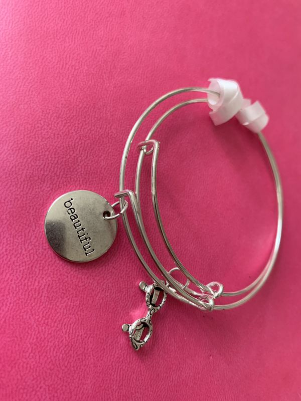 Charm Bangle$ by Kay !