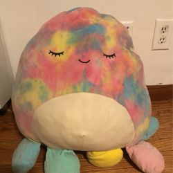 Rainbow Colored Plushy for Sale in Los Angeles,  CA