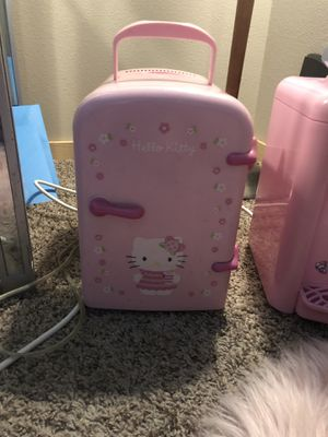Hello kitty mini fridge for Sale in Bothell, WA