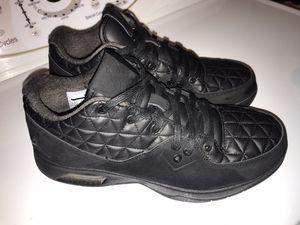 men's air jordan clutch basketball sneakers 8 1/2 for Sale in Westminster, CO