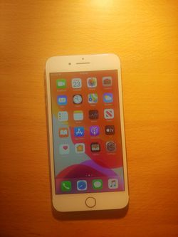 Iphone 7 plus ROSE GOLD (UNLOCKED) for Sale in Traverse City,  MI