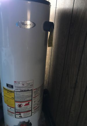 Whirlpool water heater for Sale in Federal Way, WA