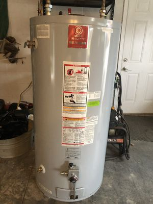 Commercial Gas hot water heater for Sale in Powell, TN
