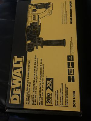 """Dewalt 1"""" sds plus d-handle rotary hammer for Sale in Rancho Cordova, CA"""