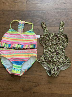 2 trajes de baño para niña for Sale in Garden Grove, CA