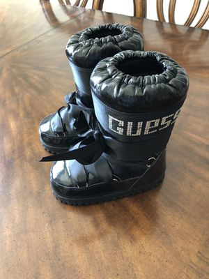Moon Boots/girls size 12 for Sale in Richmond, VA