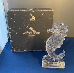"""Vintage waterford crystal small seahorse paperweight 7"""" tall for Sale in Lauderdale Lakes, FL"""