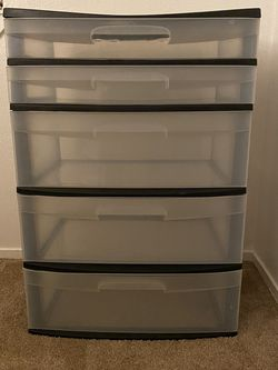 5 Drawers (plastic) for Sale in Parlier,  CA