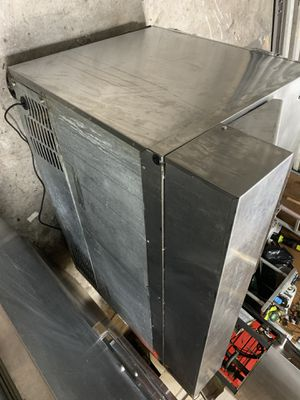 60 inch sandwich cooler for Sale in Winter Haven, FL