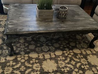 Large Coffee Table Sofa Table 2 Side Tables for Sale in St. Louis,  MO
