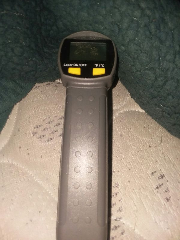 LASER THERMOMETER, FOR AUTO OR HOME USE! LIKE NEW!