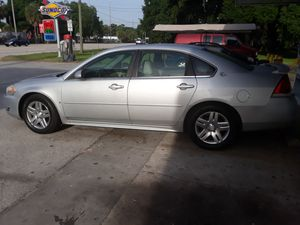 2009 Chevy Impala LT 142,000 miles for Sale in Seffner, FL