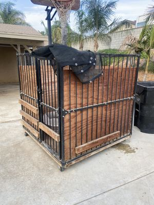 Dog kennel for Sale in Riverside, CA