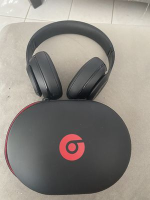 Beats Studio Headphones for Sale in Deer Park, TX
