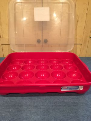 New never used Christmas bulb/cupcake storage container $10 Mesa Higley/60 for Sale in Gilbert, AZ