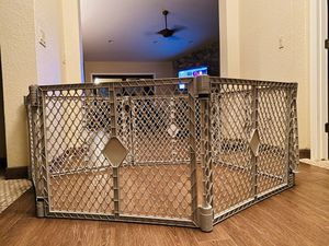 Plastic gate 2-im-1 for Sale in Scottsdale, AZ