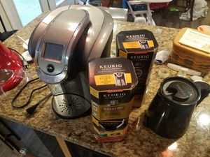 Keurig 575 and accessories for Sale in Portsmouth, VA