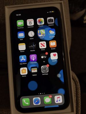 iPhone 11 for Sale in Marshall, TX