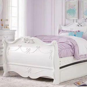 Free Bedroom Set Disney Princess for Sale in Miami, FL