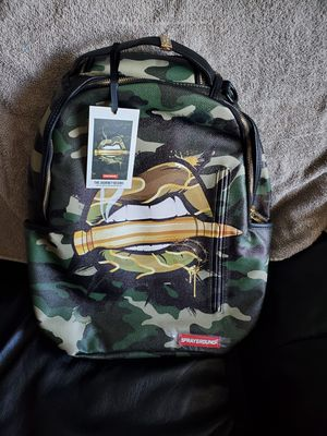SPRAYGROUND ARMY LIPS BACKPACK for Sale in Miami, FL