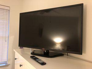 40-inch LG TV for Sale in Alexandria, VA