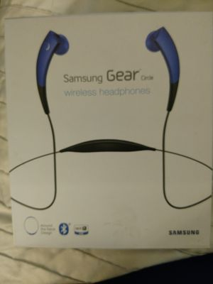 Samsung gear circle wireless headphones for Sale in Guadalupe, AZ