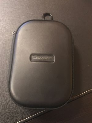 Bose quiet comfort headphones (wireless, noise cancelling, bluetooth) for Sale in Houston, TX