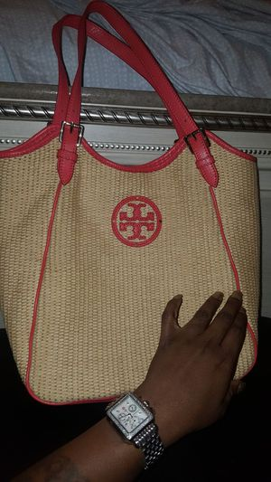 Tory Burch hobo bag, straw bag tan and red for Sale in Philadelphia, PA
