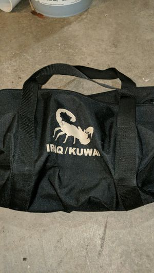 Iraqi Kuwait duffle bag for Sale in Puyallup, WA