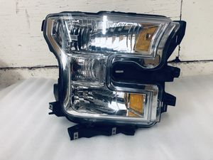 2015 - 2017 Ford F150 Genuine Factory RH Halogen Headlight OEM for Sale in Los Angeles, CA