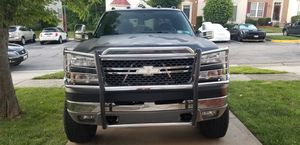 2005 CHEVY SILVERADO 6.0L ENGINE 2500HD WITH LOW MILES for Sale in Bowie, MD