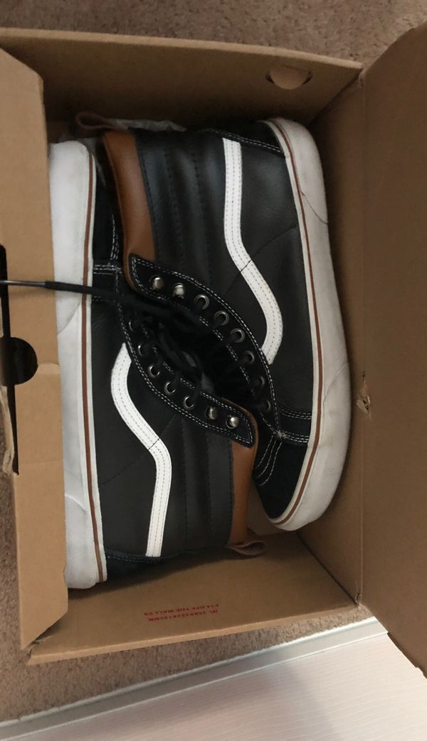 VANS 11.5. Scotch guard Size 11.5- pick up tonight in Pittsburg 94565. Text me