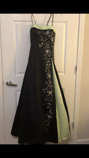 Morgan CO prom dress size 7/8 like new formal worn 1X for Sale in Canton, GA