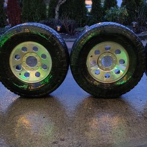 Ford Super duty Wheels F250/350 & Nitto AT Tires for Sale in Tacoma, WA