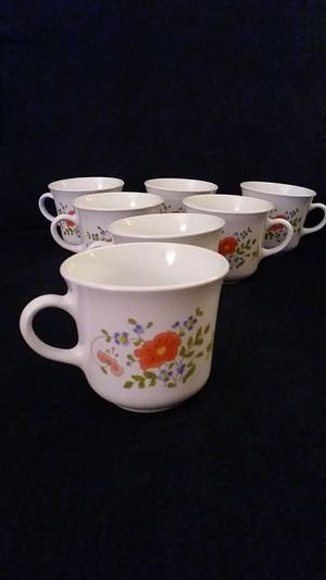 7 VINTAGE Corell CUPS by Corning, N.Y. USA - Wildflower pattern - Excellent condition for Sale in Belleville, MI